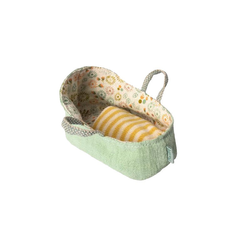 Carry cot my mint