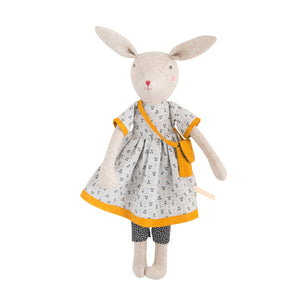 La Famille Mirabelle – Rose the mummy rabbit