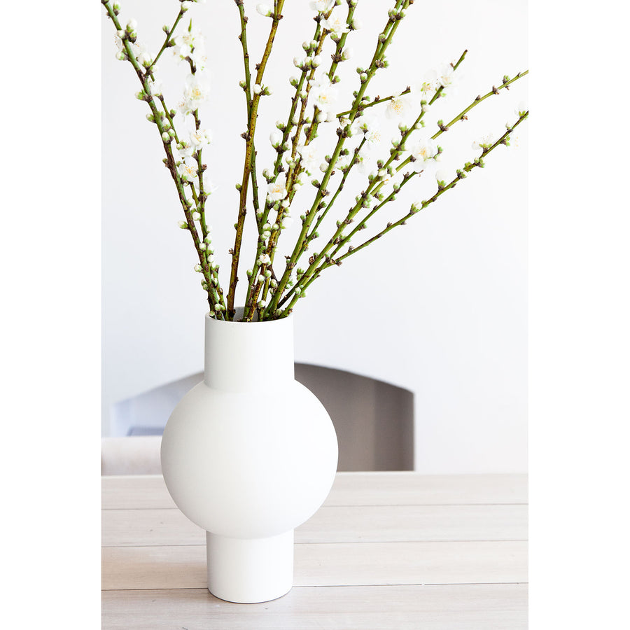 How To: Vase Arrangements | WAHROONGA