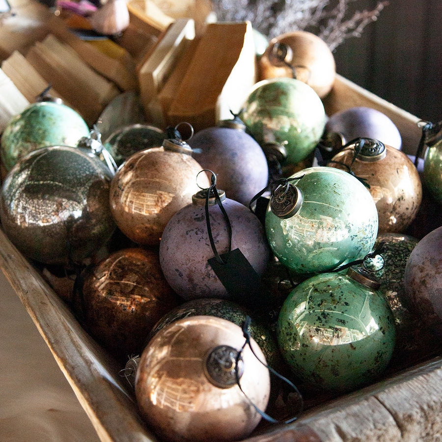 Rustic Lilac Bauble