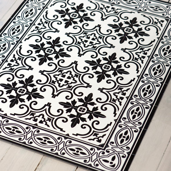 Y4 Jaffa Black & White Floor Mat