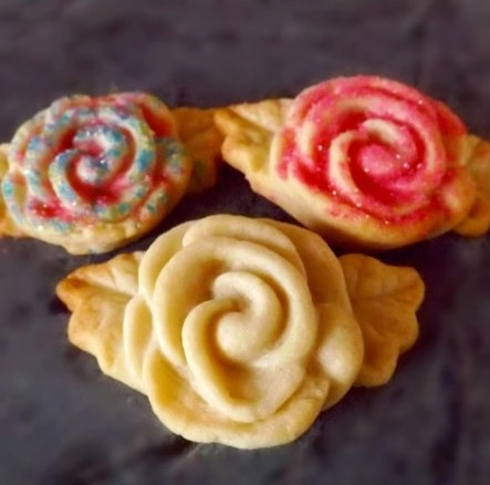 Rosebud Cookie Mold