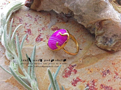 Pink Vein Agate Ring - Gold - Cat No 322 - Leaf Seed Pod Shell - 1