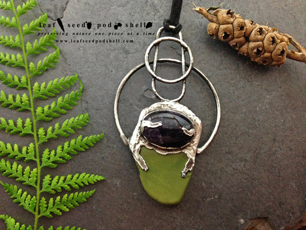 Amethyst Cabochon/Green Stone Pendant - Antique Silver - Cat No 358 - Leaf Seed Pod Shell - 2