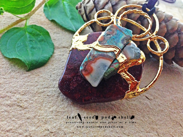 Ocean Agate/Red Jasper Pendant - Gold - Cat No 385 - Leaf Seed Pod Shell - 3