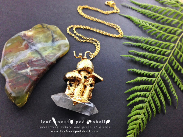 Tiny Birdhouse Pendant - Clear Quartz - Gold - Cat No 558 - Leaf Seed Pod Shell - 2