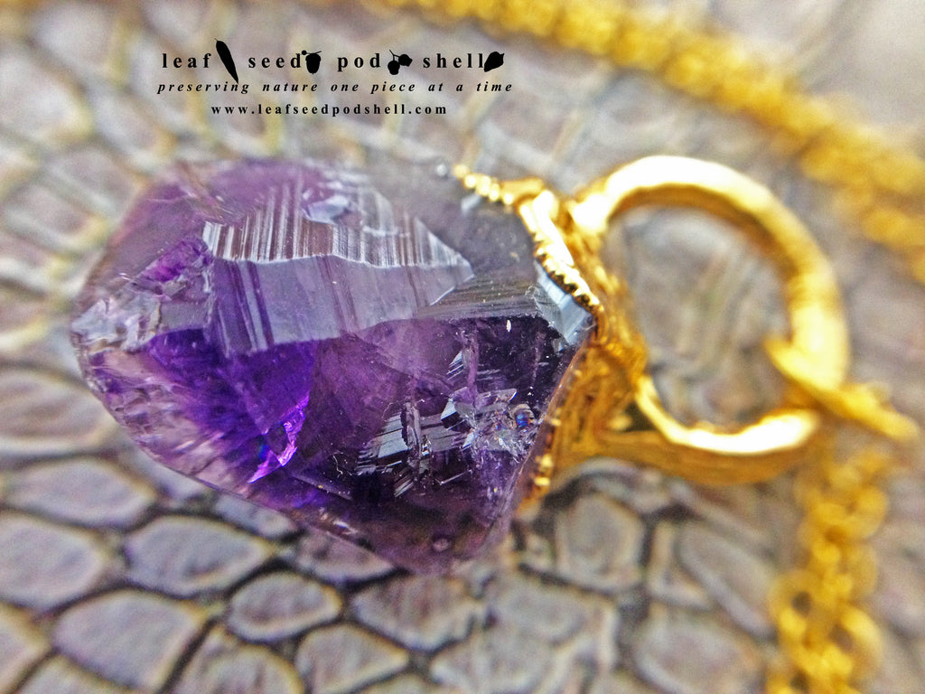 Amethyst Point Pendant - Gold - Cat No 658