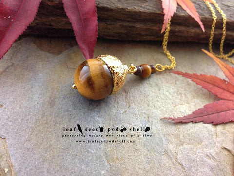 Tigers Eye Acorn - Gold - Cat No 712