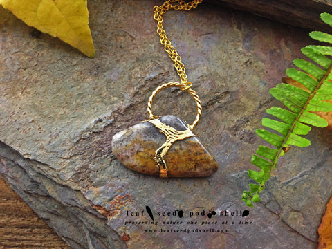Crazy Lace Agate Pendant - Gold - Cat No 754