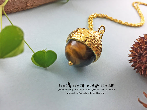 Tigers Eye Acorn Pendant - Gold - Cat No 772
