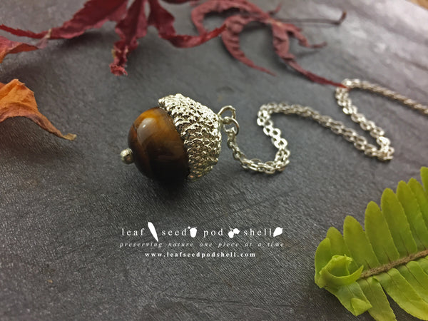 Tigers Eye Acorn Pendant - Silver - Cat No 827