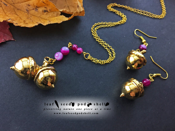 Acorn Pendant And Acorn Earrings Set - Gold - Cat No 864