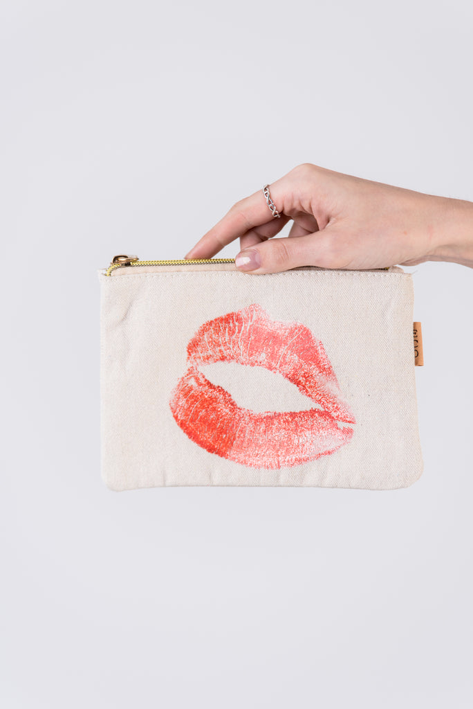 Kiss Cosmetic Pouch