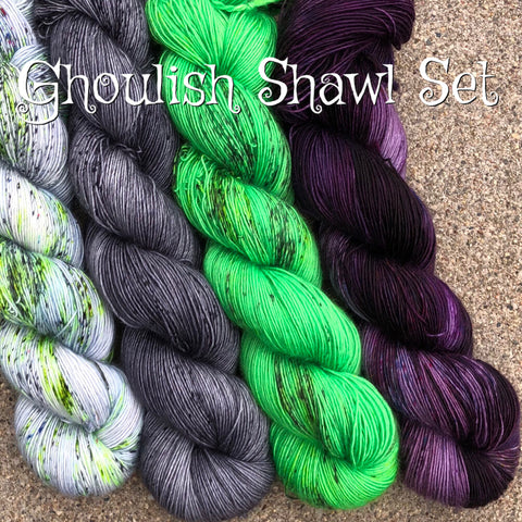 Ghoulish Shawl Set