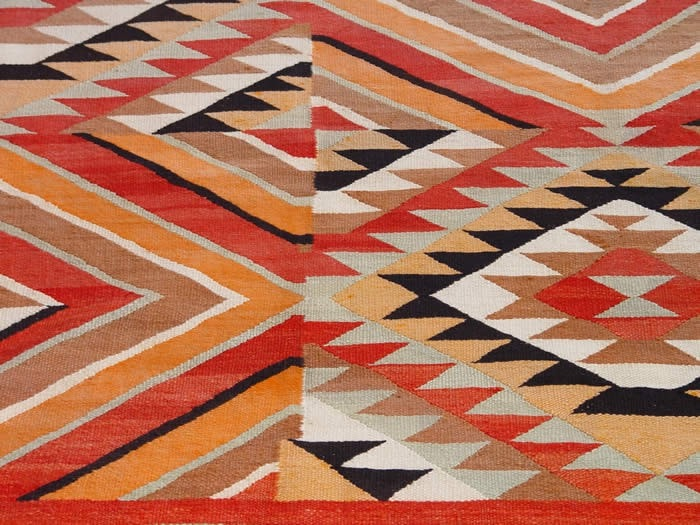 Transitional Optical Navajo Weaving : Historic : GHT 1924 - Getzwiller's Nizhoni Ranch Gallery