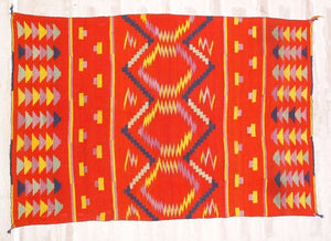 Child's Blanket Navajo Weaving : Historic : GHT 1967 : 33″ x 50″ - Getzwiller's Nizhoni Ranch Gallery