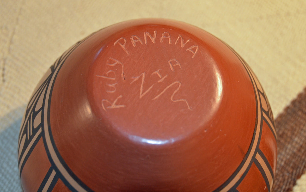 SOLD Zia Pueblo Pottery : Ruby Panana- rp 19 - Getzwiller's Nizhoni Ranch Gallery