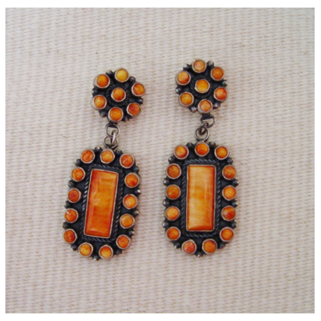 Native American Jewelry : Navajo : Spiny Oyster Shell Earrings : Dean Brown : NAJ-2E - Getzwiller's Nizhoni Ranch Gallery