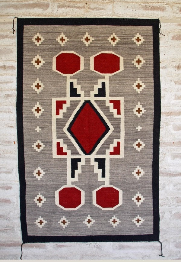 Crystal Old Style / Storm Pattern Navajo Weaving : Irvin Phillips : Churro 1432 - Getzwiller's Nizhoni Ranch Gallery