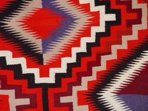 Germantown Optical Navajo Weaving : Historic : GHT 2203 - Getzwiller's Nizhoni Ranch Gallery