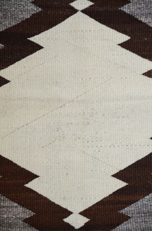 Transitional Navajo Weaving : Historic : GHT 2209 - Getzwiller's Nizhoni Ranch Gallery