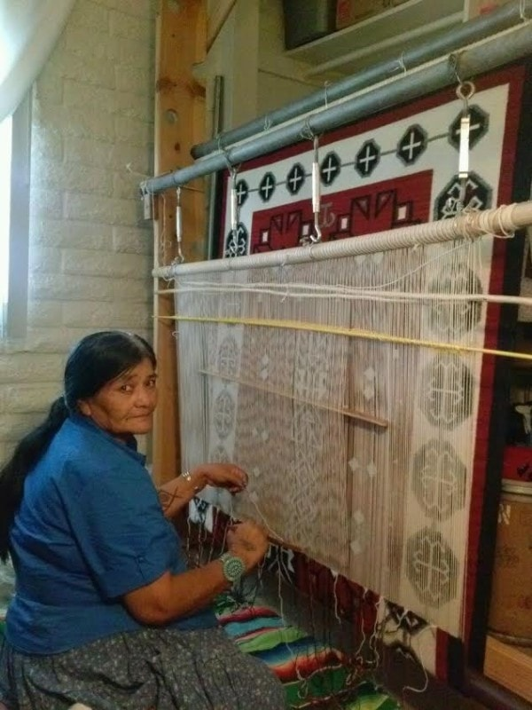 Crystal Old Style / Bistie Navajo Weaving : Elsie Bia : Churro 1422 - Getzwiller's Nizhoni Ranch Gallery