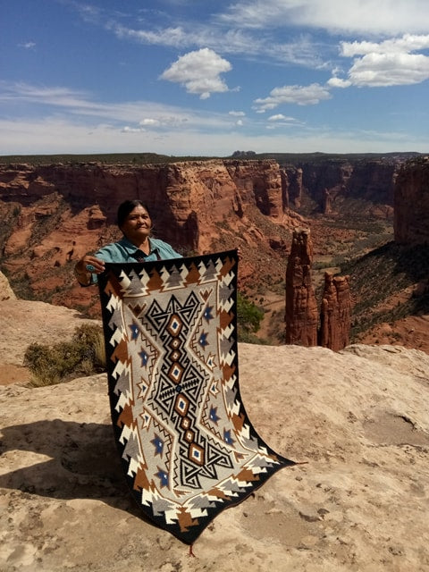 Navajo Weaver Elsie Bia at Canyon de Chelly