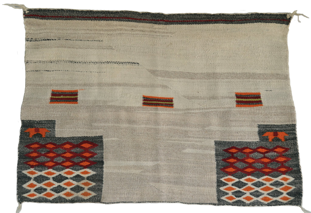 Single Saddle Blanket Pictorial : Historic Navajo Weaving : GHT 653 : 26″ x 39″ - Getzwiller's Nizhoni Ranch Gallery