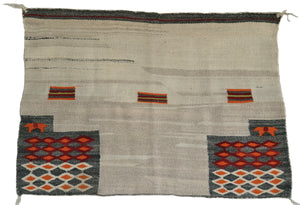Single Saddle Blanket Pictorial : Historic Navajo Weaving : GHT 653 - Getzwiller's Nizhoni Ranch Gallery