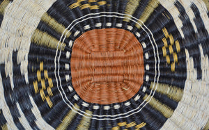 Native American Basket : Hopi Wicker : Basket 32 - Getzwiller's Nizhoni Ranch Gallery