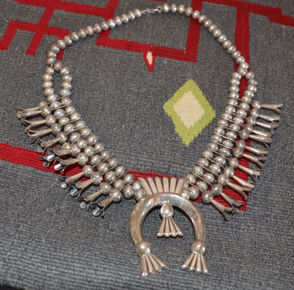 Native American Jewelry : Navajo : Vintage Squash Blossom Necklace : NAJ-30N - Getzwiller's Nizhoni Ranch Gallery