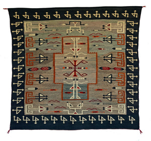 Teec Nos Pos Pictorial Navajo Weaving : Historic : PC 25 - Getzwiller's Nizhoni Ranch Gallery