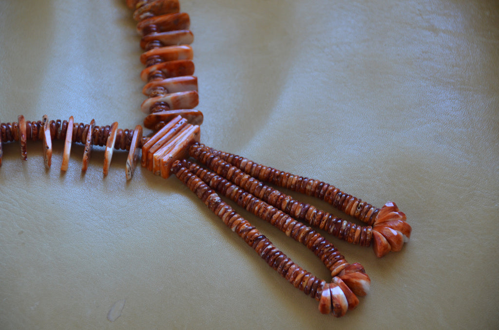 Native American Jewelry : Navajo:  Spiny Oyster Shell Necklace : NAJ-N34 - Getzwiller's Nizhoni Ranch Gallery