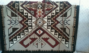 Teec Nos Pos Navajo Rug: Ava Tsosie : Looming Attractions