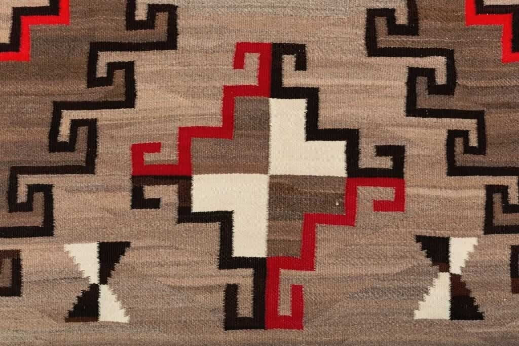 Crystal Navajo Weaving : Historic : GHT 1939 - Getzwiller's Nizhoni Ranch Gallery