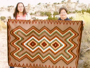 Red Mesa Navajo Rug Weaving : Frances Begay : Churro 1043 : 42″ x 66″ - Getzwiller's Nizhoni Ranch Gallery