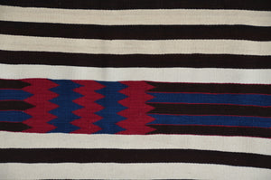 2nd Phase Navajo Chief Blanket : Jalucie Marianito : Churro 1561 - Getzwiller's Nizhoni Ranch Gallery