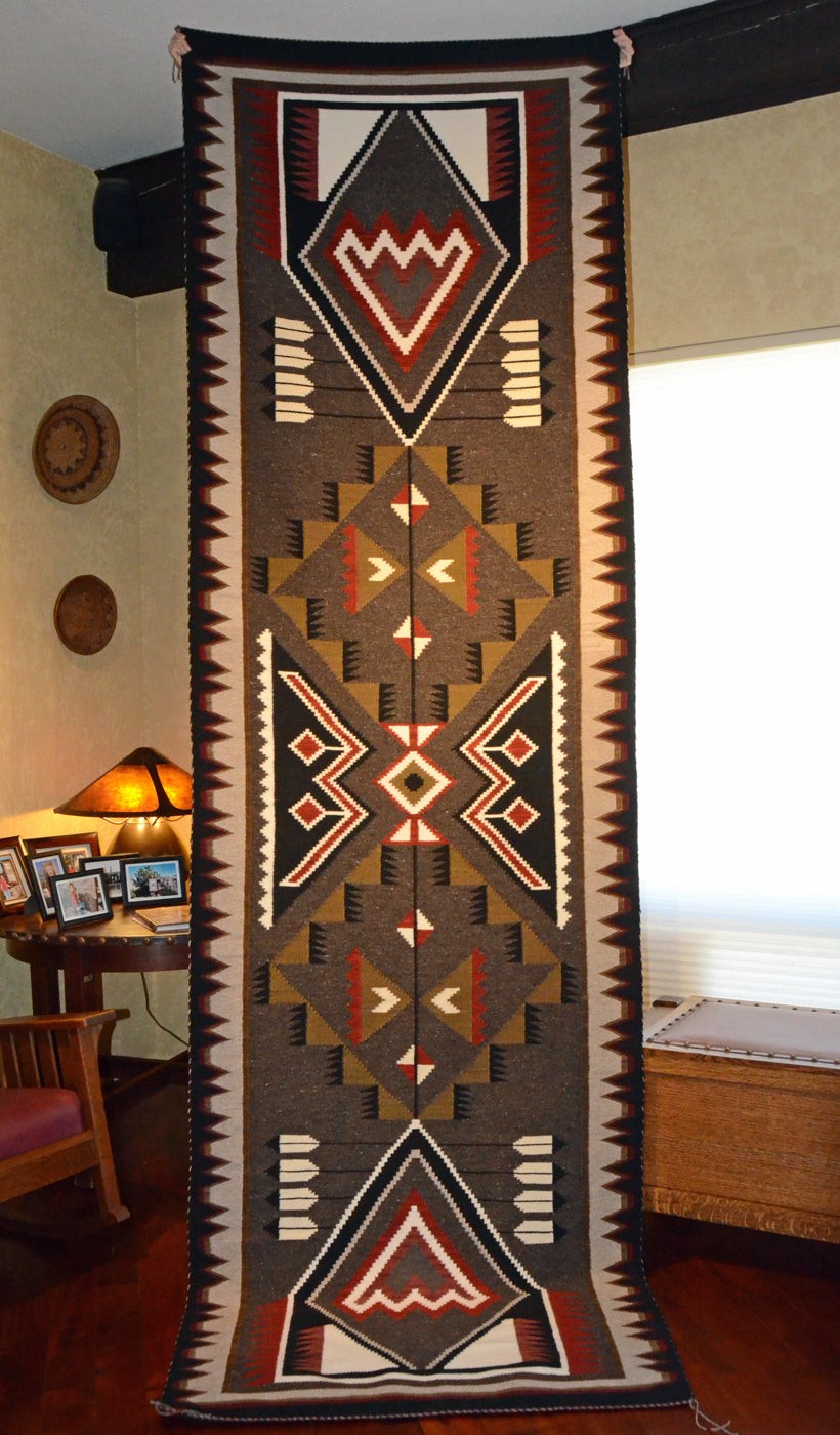 Innovative Design Runner : Navajo Rug : Frances Begay : Churro 1659