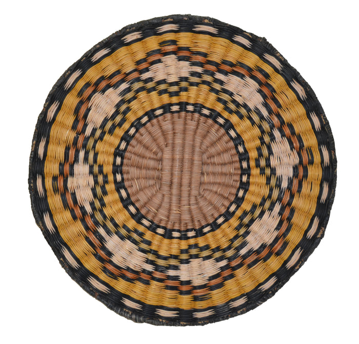 Native American Basket : Hopi Wicker Plaque : Basket 13