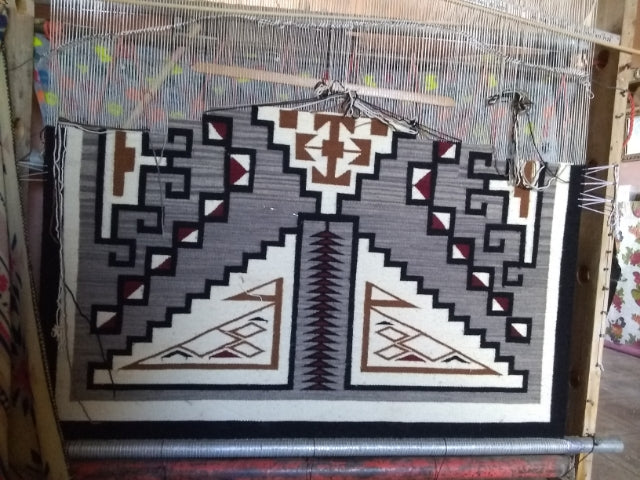 Two Grey Hills Navajo Rug : Geraldine Phillips : Looming Attractions