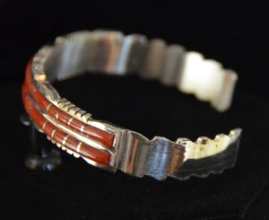 Native American Jewelry : Sterling Silver with Spiny Oyster Bracelet : Zuni : Sheldon Lalio : NAJ-55 - Getzwiller's Nizhoni Ranch Gallery