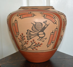 Native : American: Zia Pueblo Pot : Olla pot :  Ruby Panana: rp 25 - Getzwiller's Nizhoni Ranch Gallery