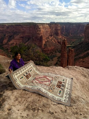 Elsie Bia at Canyon de Shelly