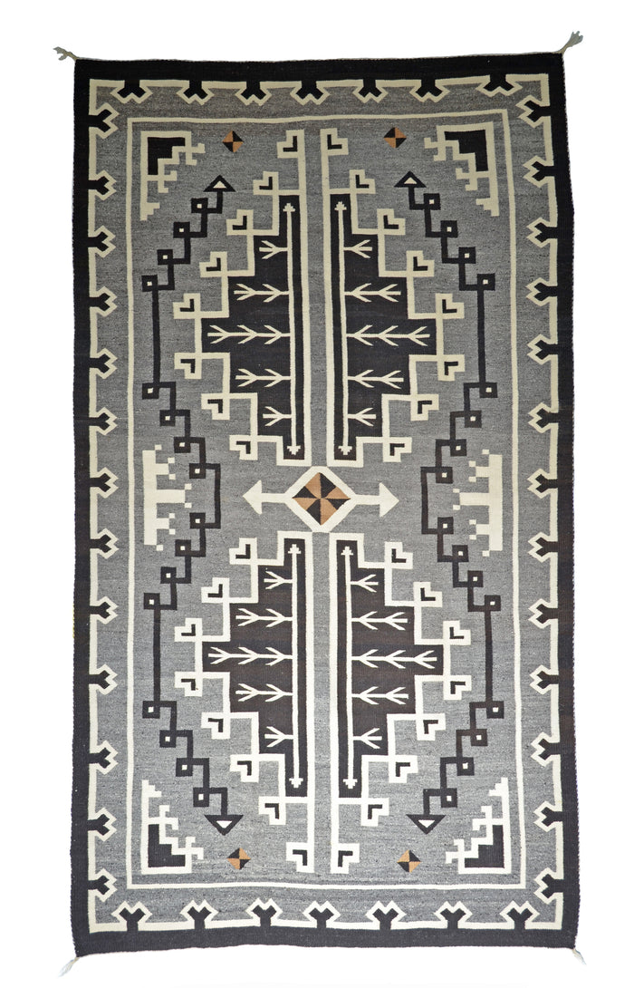 Two Grey Hills - Toadlena Navajo Weaving : Historic : PC 132