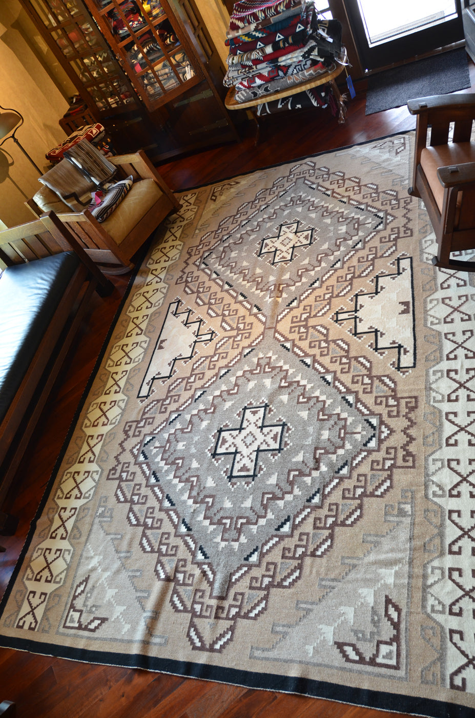 "Large Navajo Rug: Two Grey Hills : 3364: 12'2"" x 8'8"" - Getzwiller's Nizhoni Ranch Gallery"