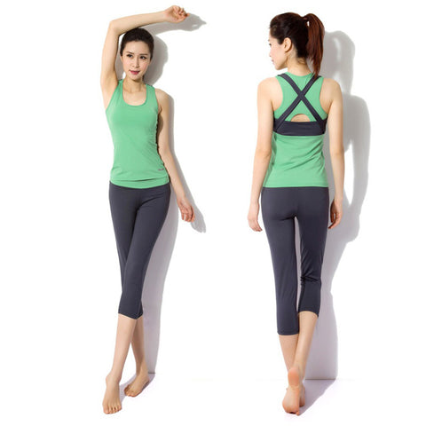 fitness vest with inner bra and capri pants 2 piece yoga