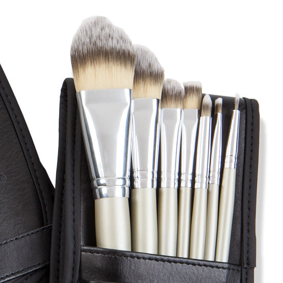 7 Piece Brush Collection - The Jet Setter