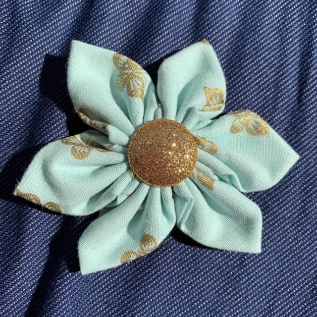 Gold Coin Everyday Bow (as pictured) - Morgan+Mae Co.