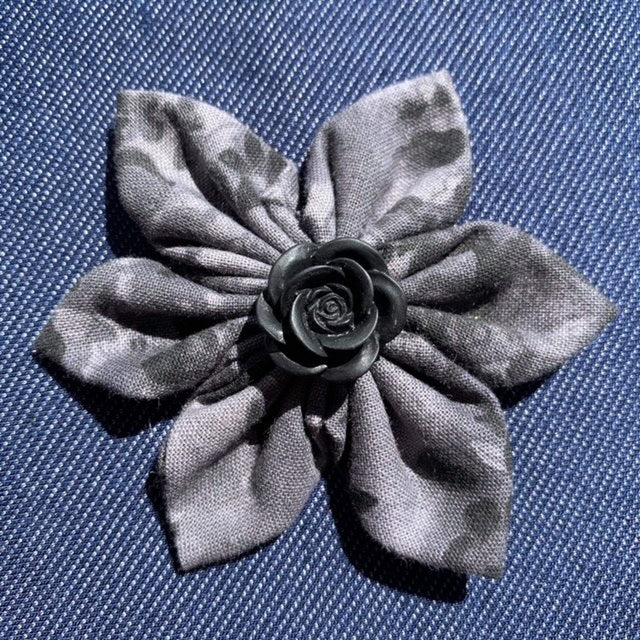 Grey Frost Everyday Bow (as pictured) - Morgan+Mae Co.