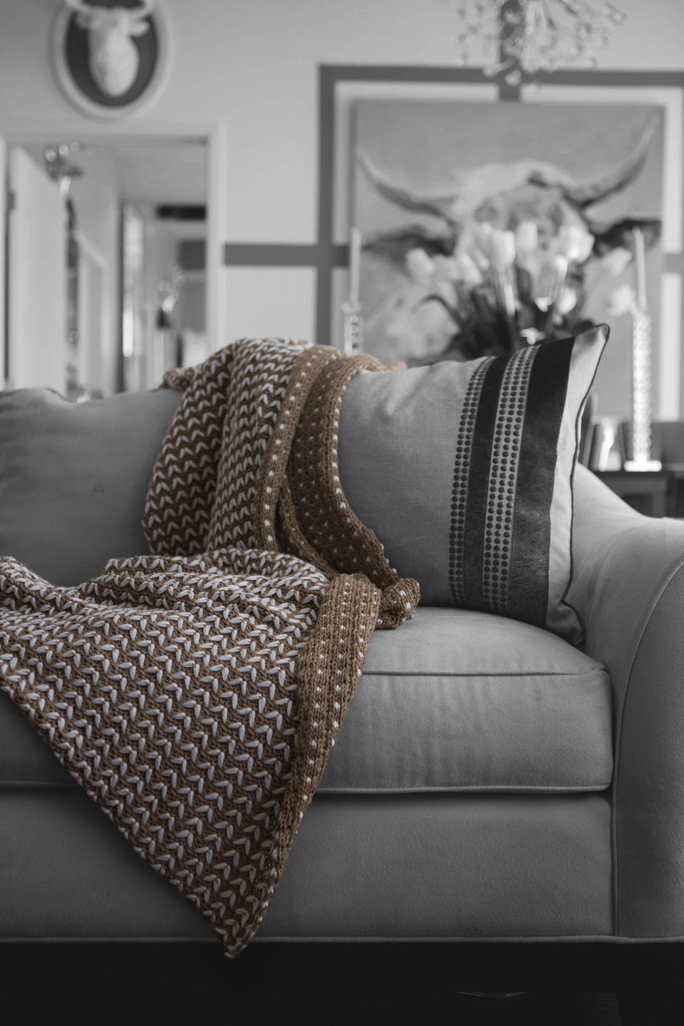 Oxford Acrylic Knit Throw